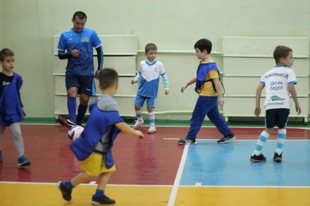 """Футбольная школа """"Лидер"""" ведет набор в группы от 3-х лет.  Мы находимся во всех. Николаев, Николаевская область. фото 4"""