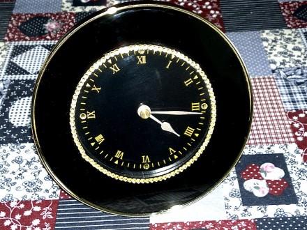 Настольные часы HENG Rong. Quarts. Кривой Рог. фото 1