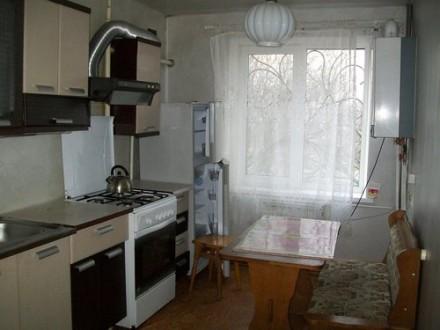 Сдам 2 комнатную на Чаривной, 2 Шевченковский с косметическим ремонтом. Запорожье. фото 1