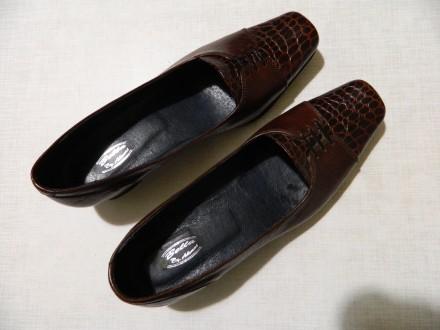 Туфлі нові жіночі шкіряні 38р.. Львов. фото 1