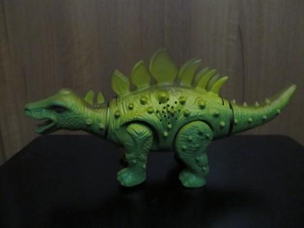 Динозавр Новый Длина 27 см Работает от батареек Материал - пластмасса Упако. Киев, Киевская область. фото 5