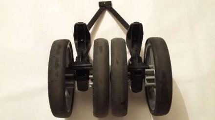 Chicco Lite way комплект задних блоков,блок,колесо,колеса,ось.Запчасти. Киев. фото 1