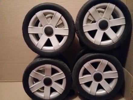 Chicco Enjoy колесные блоки на коляску,колесо,колеса,блок,ось.Запчасти. Киев. фото 1
