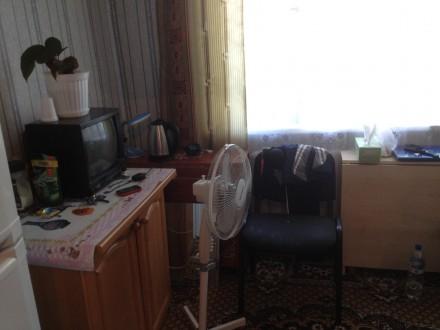 Сдам длительно комнату в коммуне ЦЕНТР. Черноморск (Ильичевск). фото 1