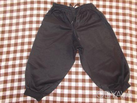 Продам штаны на полного мальчика 5-6 лет 1. Чёрные, рост 140. Очень плотные, не. Чернигов, Черниговская область. фото 1