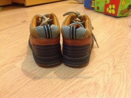 Демисезонные кожаные ботиночки Clarks 6,5 G. Состояние очень хорошее. При ходьбе. Чернигов, Черниговская область. фото 5