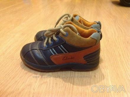 Демисезонные кожаные ботиночки Clarks 6,5 G. Состояние очень хорошее. При ходьбе. Чернигов, Черниговская область. фото 1