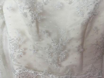 Безумно красивое кружевное свадебное платье на миниатюрную невесту, ручная работ. Киев, Киевская область. фото 5