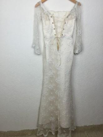 Безумно красивое кружевное свадебное платье на миниатюрную невесту, ручная работ. Киев, Киевская область. фото 4