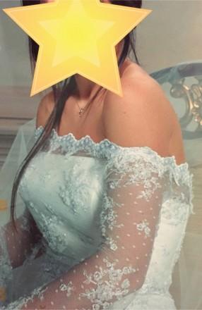 Безумно красивое кружевное свадебное платье на миниатюрную невесту, ручная работ. Киев, Киевская область. фото 9