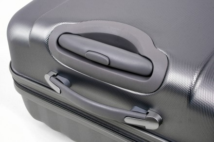 Маленький французский пластиковый чемодан на 4-х колесах всемирно известной марк. Киев, Киевская область. фото 7
