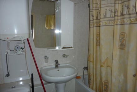Уютная квартира с современным ремонтом и всей бытовой техникой  Смотрите фото кв. Лузановка, Одесса, Одесская область. фото 9