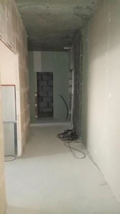 Продается  квартира в новом сданном доме. Центр города. Квартира не угловая, с . Украина, Чернигов, Черниговская область. фото 6