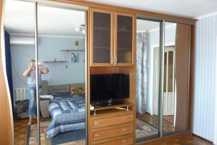 Уютная чистая квартира с евро ремонтом  комфортная для проживания для 6 человек . Суворовский, Одесса, Одесская область. фото 8