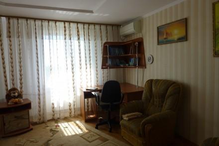Уютная чистая квартира с евро ремонтом  комфортная для проживания для 6 человек . Суворовский, Одесса, Одесская область. фото 2