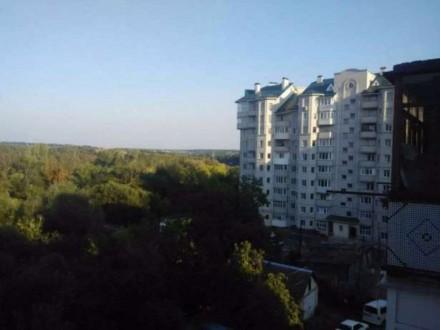 . Квартира в двухэтажном доме с огражденной территорией и местом для парковки ил. Житомир, Житомирская область. фото 13