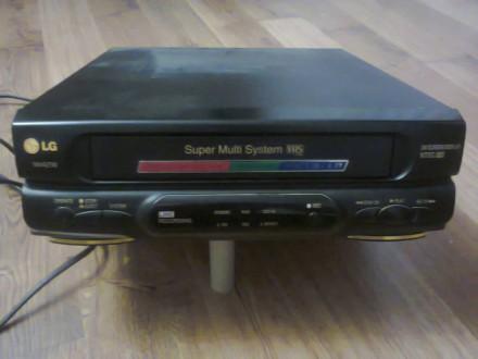 Видеомагнитофон LG W142W. Геническ. фото 1