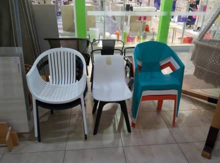 Кресло из пластика, для улицы, пляжа, бассейна, дачи. Кресло два цвета белое и к. Одесса, Одесская область. фото 8