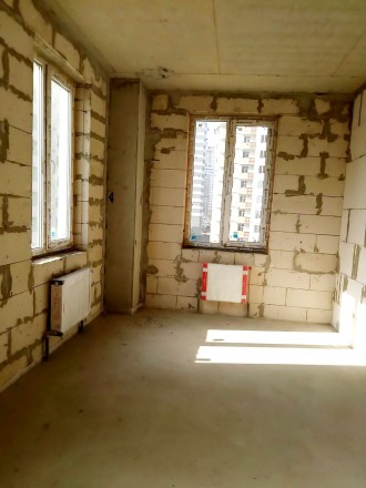 Квартира в новом сданном доме, 90 кв.м., правильной планировки, 2 лоджии, гардер. Київський, Одеса, Одеська область. фото 3