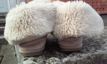 Продаємо взуття,яке на нас маленьке. Капчики на суху погоду. Легенькі, тепленькі. Ивано-Франковск, Ивано-Франковская область. фото 4