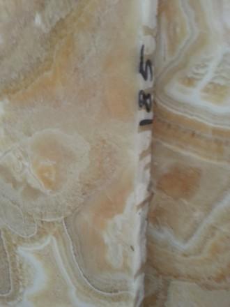 Оникс полупрозрачной текстуры в слябах . Одна из главных особенностей оникса – . Киев, Киевская область. фото 9