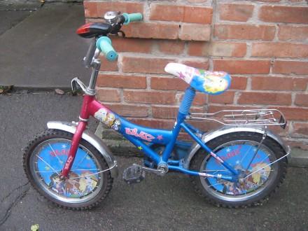 Продам велосипед в хорошем состоянии колеса на