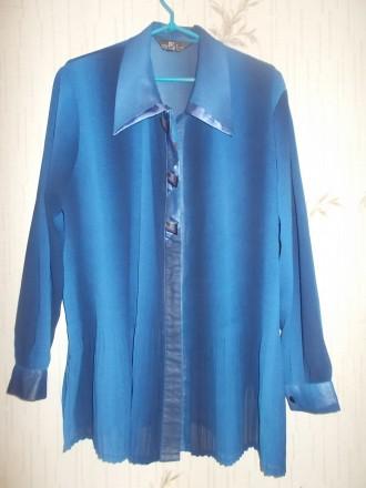 Продам синюю нарядную блузу очень большого размера р.XХХL, б/у в идеальном состо. Чернигов, Черниговская область. фото 5