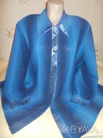 Продам синюю нарядную блузу очень большого размера р.XХХL, б/у в идеальном состо. Чернигов, Черниговская область. фото 1