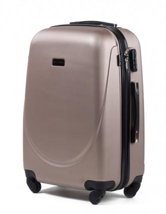 Комплект польских дорожных пластиковый чемоданов Wings (Вингс) произведен из над. Киев, Киевская область. фото 2