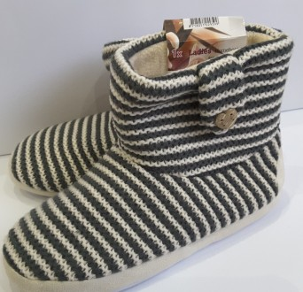 Супертёплые тапочки сапоги 40-41 размер, ladies bootwear, нидерданды. Пирятин. фото 1