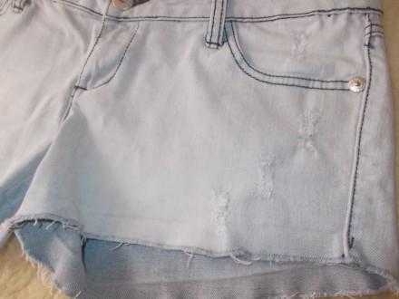 Продам  женские джинсовые шортики р.L  светло-голубого цвета в хорошем состоянии. Чернигов, Черниговская область. фото 3