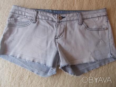 Продам  женские джинсовые шортики р.L  светло-голубого цвета в хорошем состоянии. Чернигов, Черниговская область. фото 1