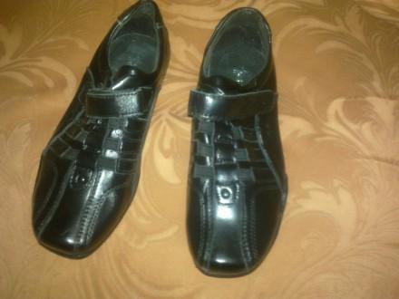Продам новые детские туфли на мальчишку. Лисичанск. фото 1