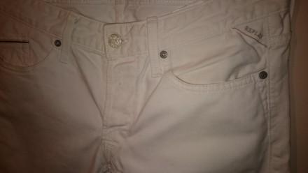 Роскошные белые джинсы от известнейшего итальянского бренда Replay. Качественный. Киев, Киевская область. фото 5