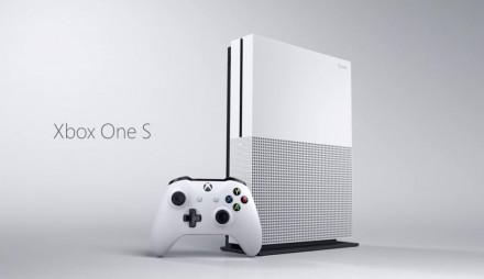 Игровая приставка (УЖЕ С ИГРАМИ) Microsoft Xbox One S в АРЕНДУ. Киев. фото 1