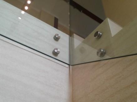 Стеклянные перила для лестницы. Одесса. фото 1