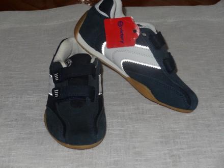 Кросівки дитячі шкіряні, нові  фірми VICTORY. 30 розмір . Куплені в Нім.. Львов. фото 1