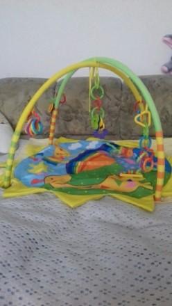 Яркий развивающий коврик, в идеальном состоянии , для малышей от 0-6 мес . Коври. Кременчуг, Полтавская область. фото 3