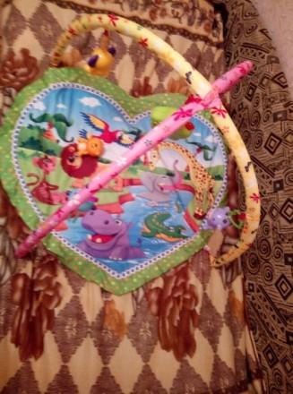 Состояние хорошее,все игрушки на месте,домик музыкальный. Мариуполь, Донецкая область. фото 3