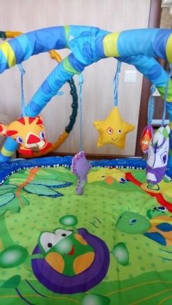 Продам развивающий коврик в отличном состоянии, дуги и игрушки мягкие, для малыш. Славянск, Донецкая область. фото 3