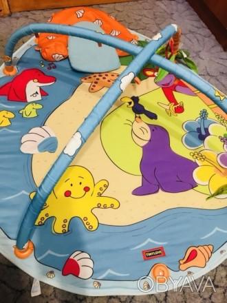 Большой коврик , в идеальном состоянии , яркий , шуршащие и пищащие предметы на . Кривий Ріг, Дніпропетровська область. фото 1