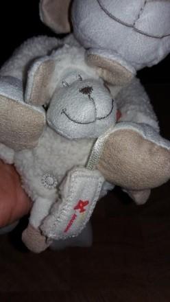 """Музыкальная игрушка-подвеска """"Овечка и малыш"""". Б/у в хорошем рабочем состоянии. . Херсон, Херсонская область. фото 3"""