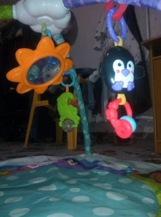 В хорошем состоянии. Игрушки, все что на фото. Ребенку очень нравилось. Причина . Київ, Київська область. фото 3