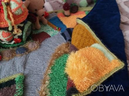 Вязаный развивающий коврик для детей, развивает моторику пальчиков и воображение. Київ, Київська область. фото 1