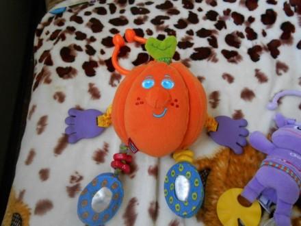 Игрушки подвески в очень хорошем состоянии, апельсин Tiny Love, с вибрирующим ап. Баштанка, Миколаївська область. фото 6