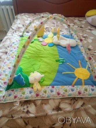 Продам развивающий коврик, новый, не пользовались, покупала на розетке. Развиваю. Киев, Киевская область. фото 1
