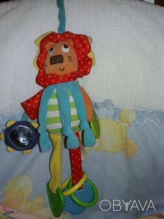 Игрушка повеска на коляску или кроватку.внутри есть пищалка,шуршит,торохтит,зерк. Сумы, Сумская область. фото 1