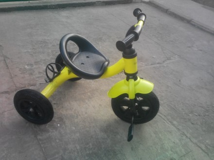 Детский велосипед Bambi M-2382A.Состояние нового.  Легкий трёхколёсный велосипе. Оріхів, Запорізька область. фото 2