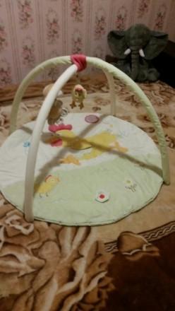 Коврик в нормальном состоянии. Три подвесные съемные игрушки цветочек с пищалкой. Мукачево, Закарпатська область. фото 2