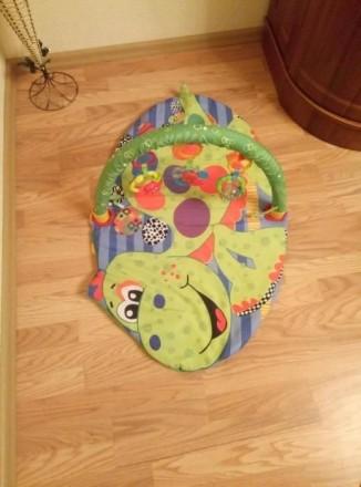 Подам развивающий детский коврик, который включает 3 игрушек. Могу переслать удо. Чернівці, Вінницька область. фото 4